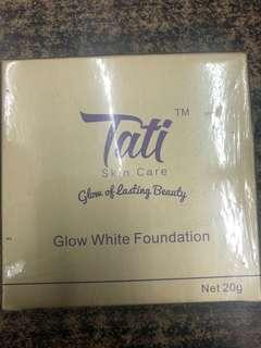 🚚 Glow white foundation