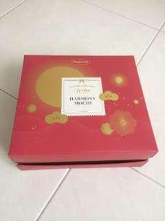 Haagen-dazs ice cream mooncakes box