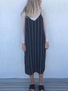 NEON HART / PRINCESS POLLY BLACK STRIPE DRESS SMALL