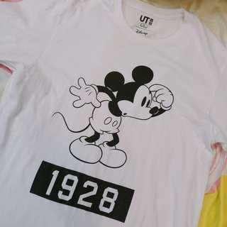 Uniqlo Disney T