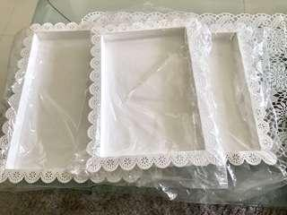 Lace food tray