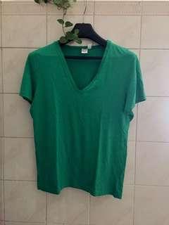 TOPMAN Men's T shirt V neck. Not Zara, Uniqlo Regatta