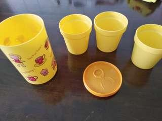 Plastic Tumbler with 3 cups
