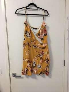 Boohoo mustard tea dress