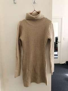 Bodycon knit turtleneck dress