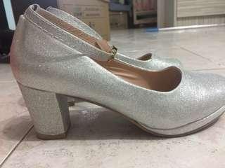 5cm粗跟鞋