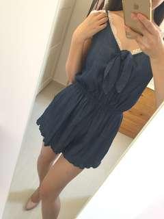 Cute denim bodysuit shorts size S-M 可愛牛仔吊帶連身短褲