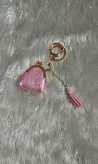 Bag key chain with tassel