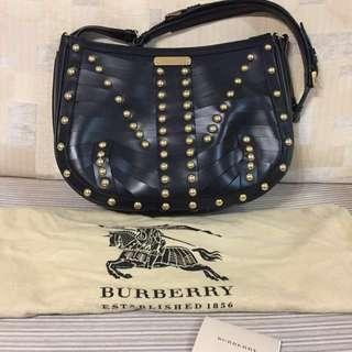 $1800 Burberry Handbag With Golden Studs 鍋釘 手袋