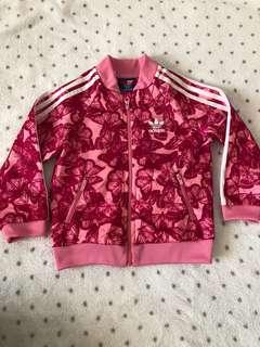 Adidas size 12-18 can fit 1-3 years