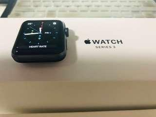 Apple Watch Series 3 42mm - GPS only