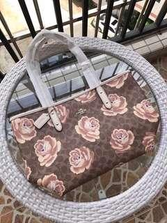 C o a c h zip tote floral