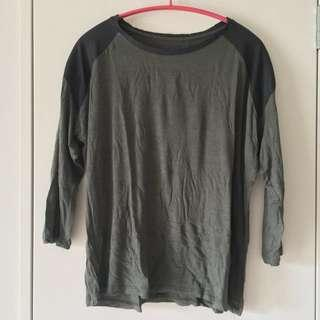 Olive Green Top With Sectioned Shoulder 3/4 Sleeve Size S