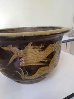 Twins antique dragon clay pot