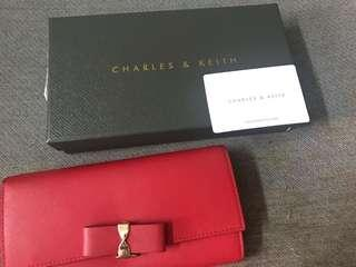 Charles & Keith Wallet (make down price)