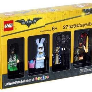 LEGO 5004939 Bricktober 2017 The Batman Movie Minifigures Toys R Us Exclusive