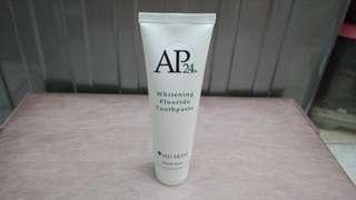 NU SKIN - AP24 - Whitening Flouride Toothpaste