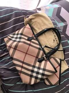 Authentic Burberry Nova check Handbag