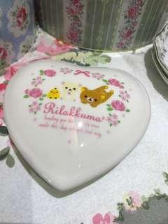 Rilakkuma 鬆弛熊心形陶瓷小擺設