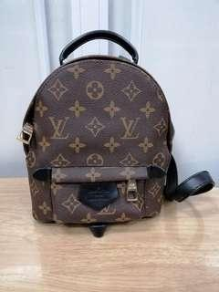 💯% Authentic LV bagpack