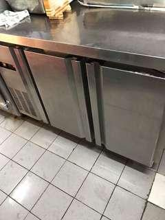 Seafood Stall Used 2 Door Commercial Counter Chiller For Sales