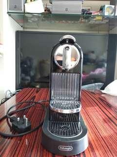 Delonghi Nespresso 膠囊咖啡机  EN 165   Delonghi Nespresso Capsule Coffee Maker EN 165