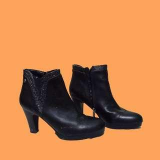 Black Heels Ankle Boots