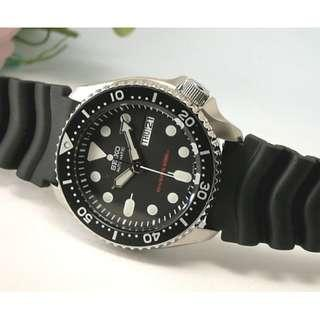 Seiko 潛水系列黑色手錶