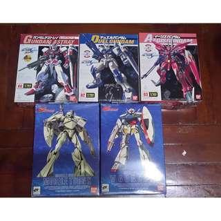 售 bandai 高達 Gundam 模型 5盒 ( hottoys,玩具,toys )