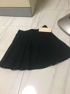 Black Pleater Skirt (Cotton)