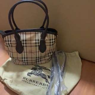 Burberry Newfield Small Tote