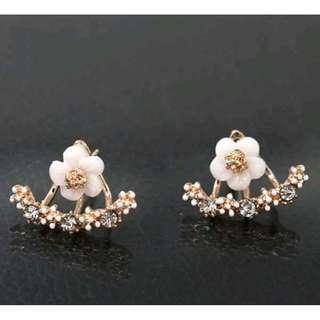 Flower rhinestone earrings - rose gold