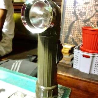 lampu suluh lama