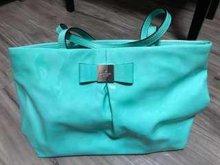 🚚 Kate Spade bag- new and authentic