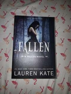 Book for sale: Fallen by Lauren Kate