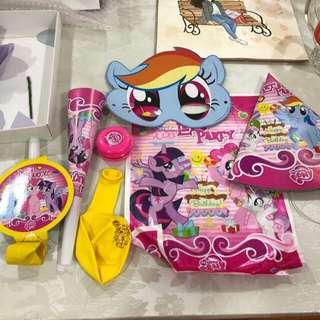 Party pack the little pony
