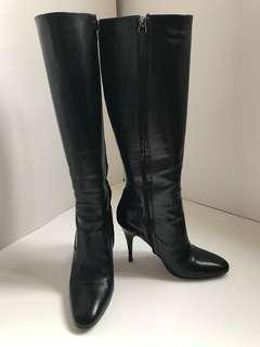 Reduced! Burberry lamb leather boots size 81/2