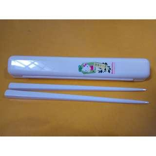 BN Hello Kitty Chop Sticks and Holder
