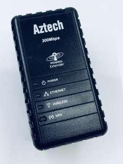 Aztech Wall-Plugged Wireless-N Extender WL556E