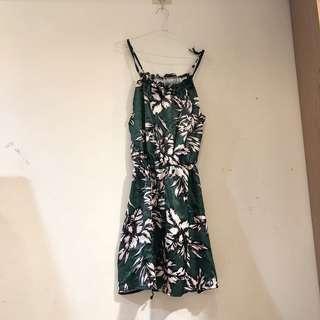 🚚 深綠花花洋裝 s號 全新僅試穿