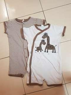 (2 for RM50) H&M Giraffe romper baby set
