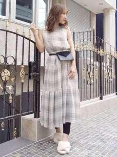日本Mercuryduo後綁帶格紋連身長裙+吊帶底裙兩件套