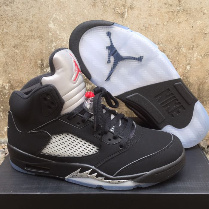 bb45c20a8a8 Air Jordan 5 Retro - Black Metallic (Authentic-BNIB), Men's Fashion ...