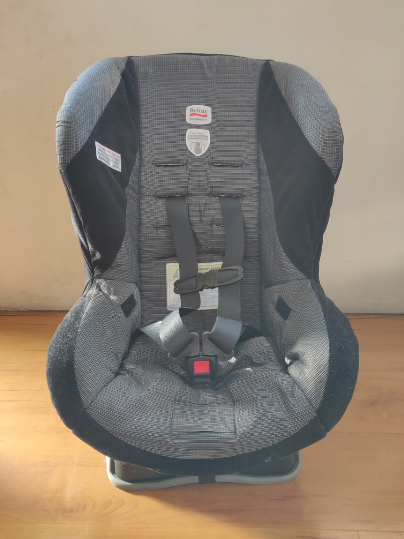 Britax Roundabout Carseat Infant To Toddler Babies Kids Others On Carousell