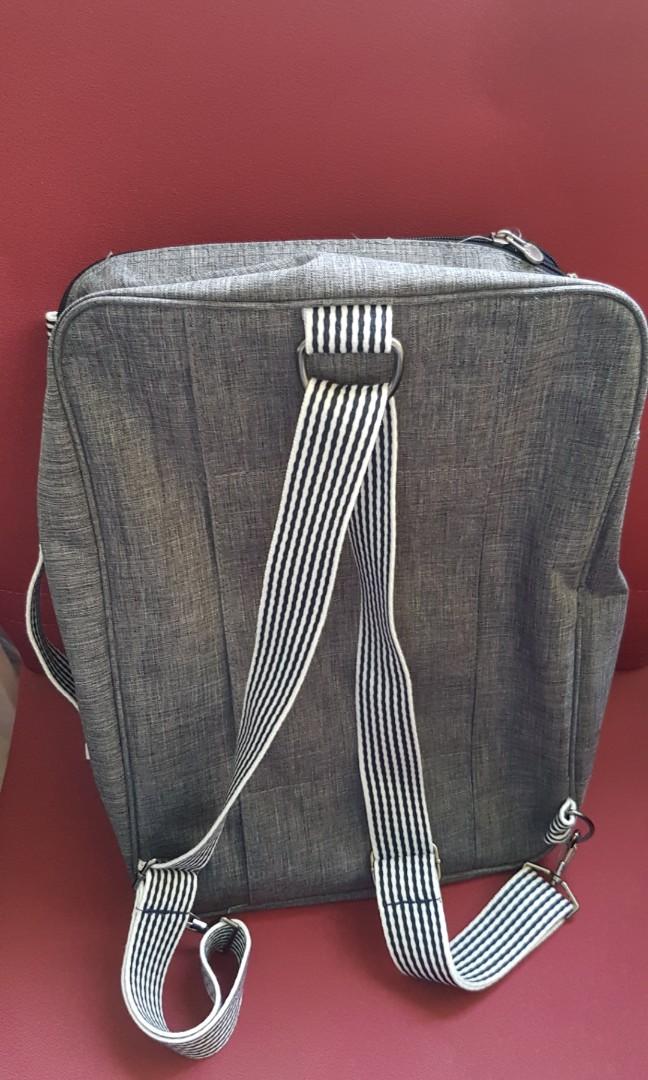 84cfdb7dd33a Fashionable Lightweight Travel Bag