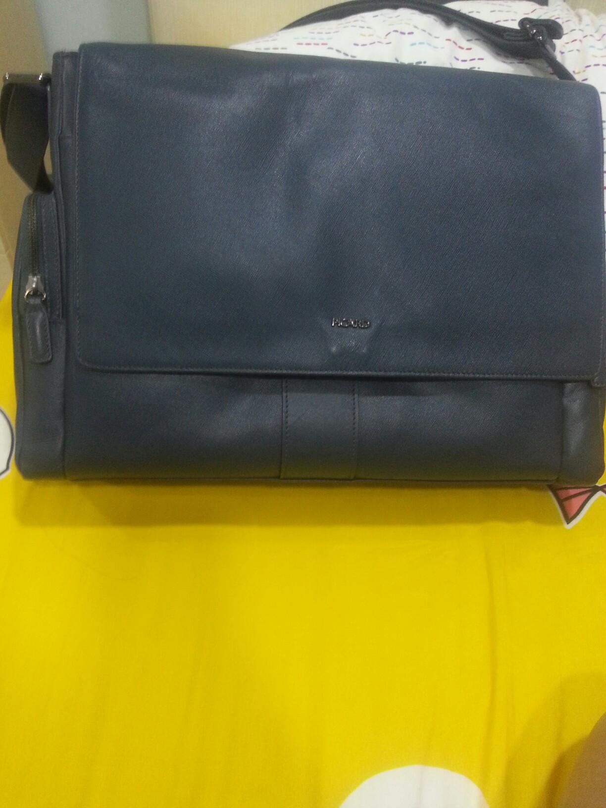 6e865d1502c93 Picard genuine leather sling bag.