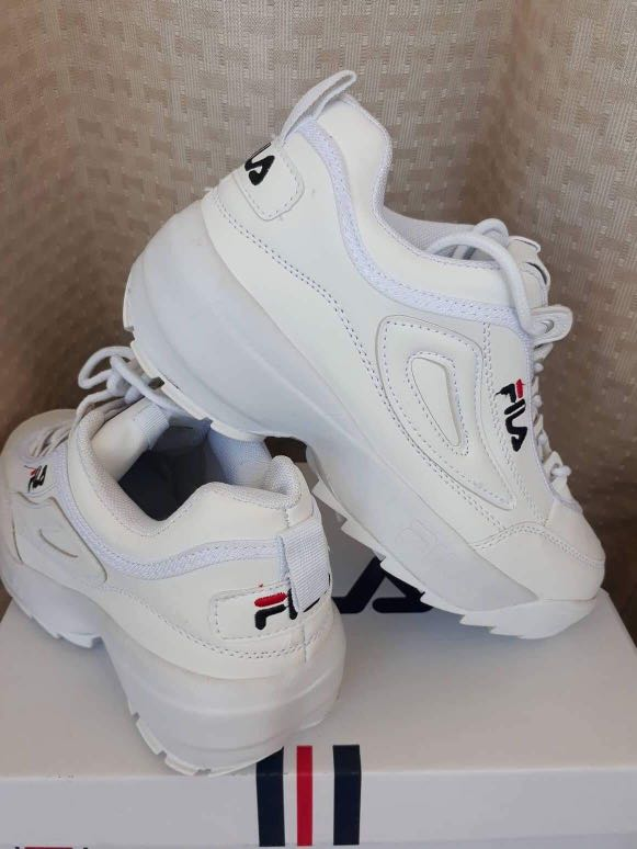 0a9d1abb68ac PRE-ORDER White Fila Disruptor 2 (Authentic) Made in Vietnam ...