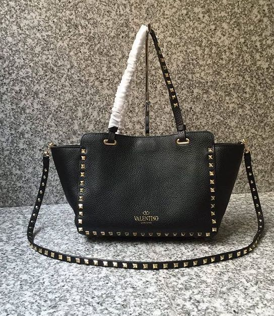6e101e636b Valentino Garavani Black Rock Studded Leather Bag, Women's Fashion ...