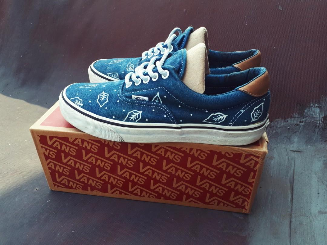 Vans Era natural indigo dyed with batik pattern