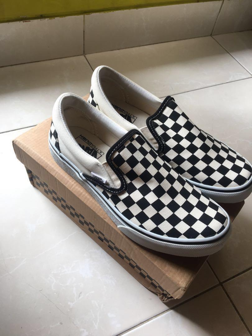 64b4fa61ee3a Vans Slip on Checkerboard Japan Market